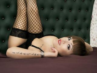 SweetyMicky female ejaculation show